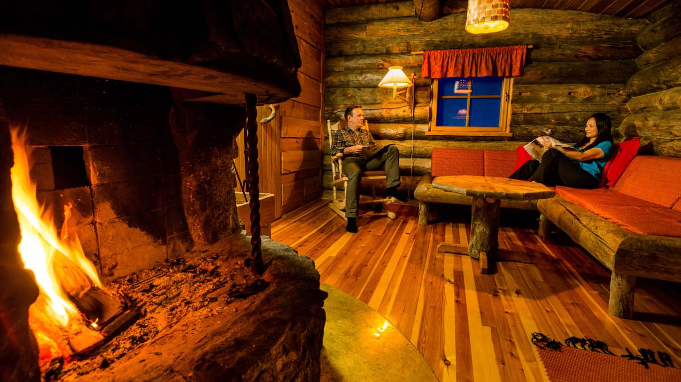 Accommodation_log_cabin_1